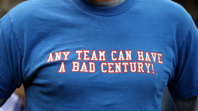 cubs-tshirt-gettyimages-492536370